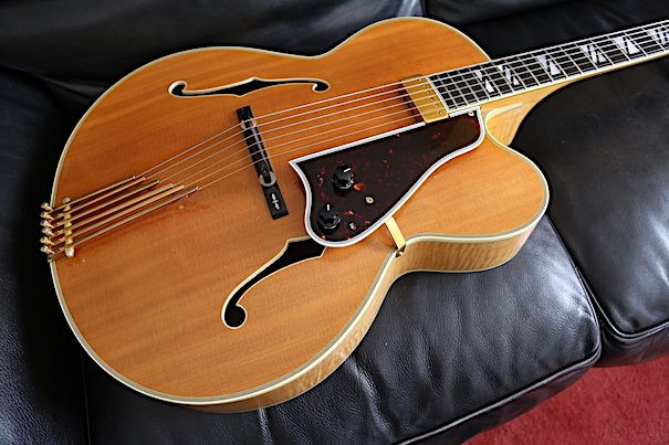 Gibson modèle Johnny Smith Blonde Naturelle